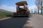 Când se încheie lucrările de asfaltare între Valea Mare și Sărămaș